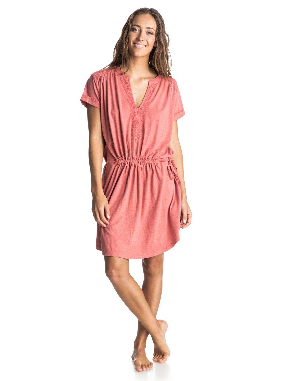 Lucky Stars DressЖенское платье Lucky Stars от ROXY.ХАРАКТЕРИСТИКИ: хлопок неровной вязки, платье-футболка, эластичный пояс, боковые завязки.СОСТАВ: 60% хлопок, 40% вискоза.<br>