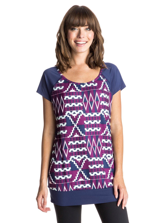 Clarity T-ShirtЖенская футболка Clarity от ROXY.ХАРАКТЕРИСТИКИ: свободный крой, рукава-реглан, сеточная вставка сзади, узкая талия.СОСТАВ: 90% полиэстер, 10% эластан.<br>