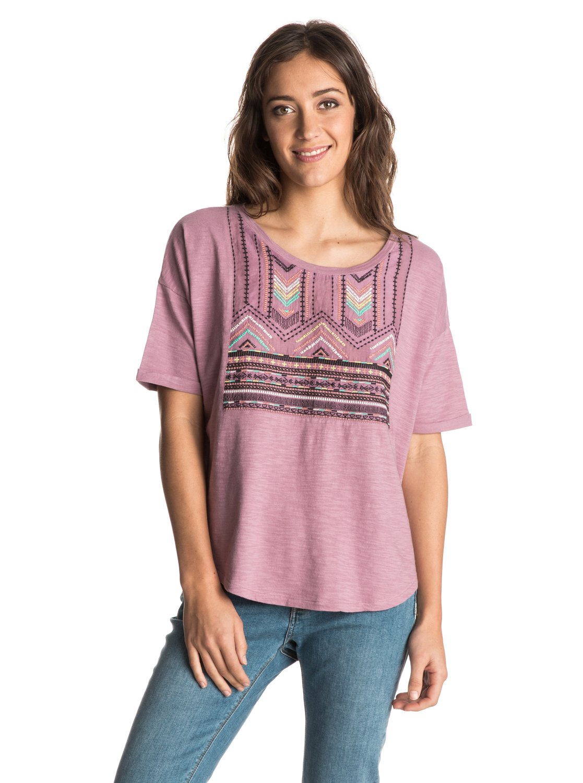 Womens Big Sur Dream T-ShirtЖенская футболка Big Sur Dream от ROXY.ХАРАКТЕРИСТИКИ: короткие рукава, вязаный текстиль, вышивка с этническими узорами.СОСТАВ: 100% хлопок.<br>