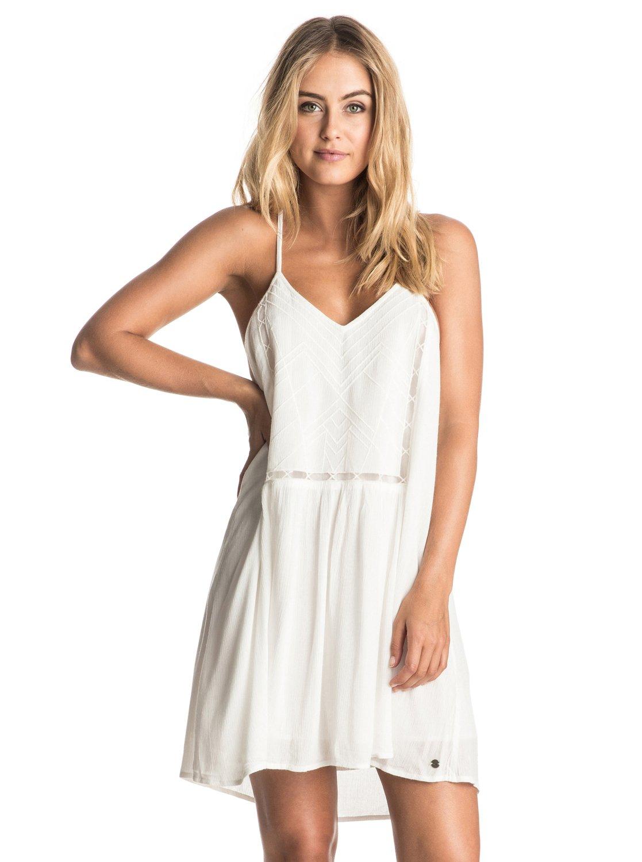 Платье на бретельках Prism PatternПревосходный выбор для теплых солнечных дней, вылазок за город и пляжных вечеринок. Это платье на лямках сшито из тонкой и легкой вискозы и украшено элегантной декоративной вышивкой спереди.<br>