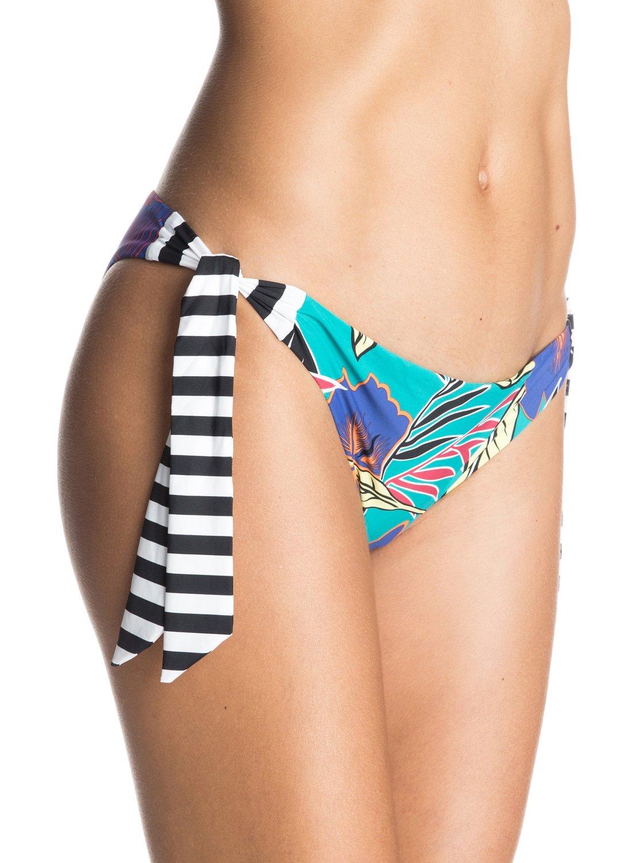 Polynesia Bikini BottomsЖенские плавки бикини Polynesia от ROXY.ХАРАКТЕРИСТИКИ: фасон Surfer, минимальная площадь ткани, расцветка Polynesia, удобный и прочный, мягкий и эластичный нейлон.СОСТАВ: 78% нейлон/полиамид, 22% эластан.<br>