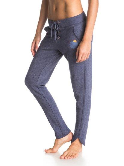 Good TimesGood Times – новинка из коллекции одежды Roxy Весна-лето 2015. Характеристики: женские спортивные штаны, махровый непс, легкая ткань (230 г/м?). Дополнительно: боковые разрезы по краям штанин, состав – 60% хлопок, 40% полиэстер.<br>