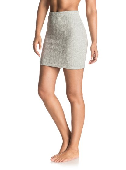 Мини-юбка в обтяжку Thinkin Out LoudТкань двойной вязки из мягкой и эластичной полусинтетики, фактурная поверхность и высокая линия талии: такая обтягивающая юбка — прекрасная основа для женственного и современного образа. Будет чудесно смотреться с бюстье и парой босоножек!<br>