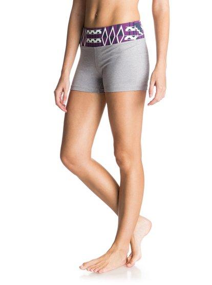 Own It 2 ShortsЖенские шорты Own It 2 от ROXY.ХАРАКТЕРИСТИКИ: дышащий текстиль, широкий пояс с принтом, карман на пояснице, светоотражающий логотип ROXY.СОСТАВ: 44% нейлон, 44% полиэстер, 12% эластан.<br>