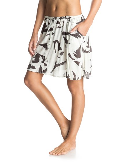 Cosmia Mini SkirtЖенская юбка «мини» Cosmia от ROXY.ХАРАКТЕРИСТИКИ: принт Novelty, расклешенный крой, пуговицы спереди, два прорезных кармана.СОСТАВ: 100% вискоза.<br>